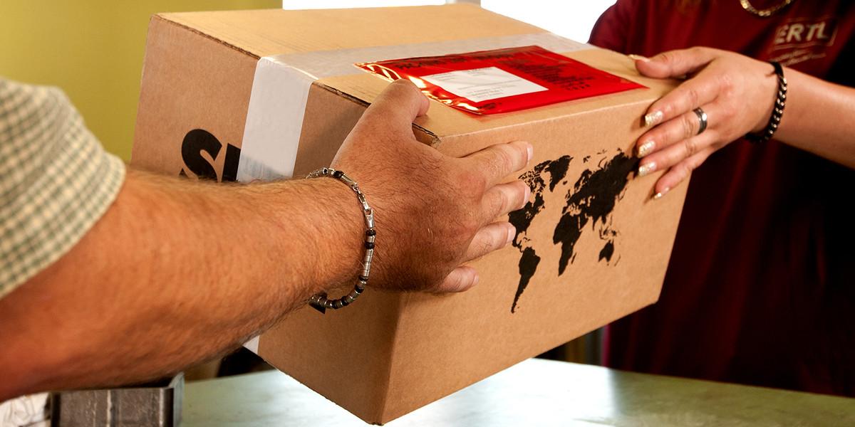 Opening & goods receiving hours
